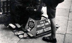Shoe Shine in London 1966